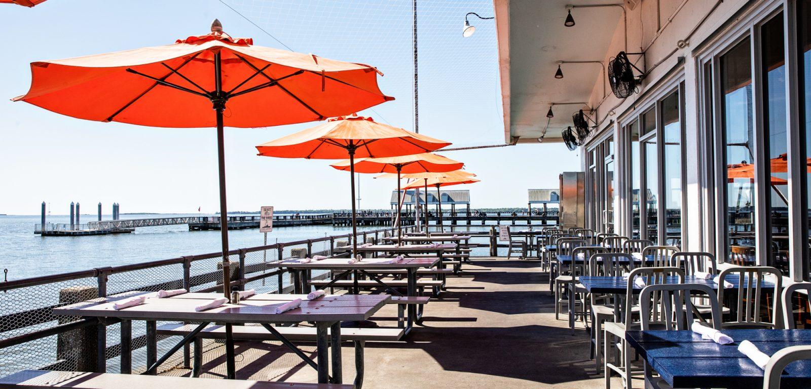 Fleet Landing Restaurant Bar
